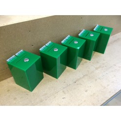 Green money box, dimensions 100 x 100 x 150 mm